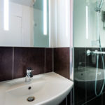 IBIS STYLES *** REIMS - Salle de bains 1 © ALNO Atelier d'Architecture